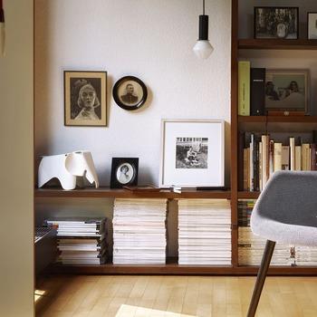 Eames_Elephant_Vitra_small_Charles_Ray_Eames_1.jpg