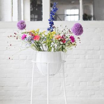 Marie-Michielssen-Serax-B7217091-Plant-stand-cage-White-Bohero-.jpg