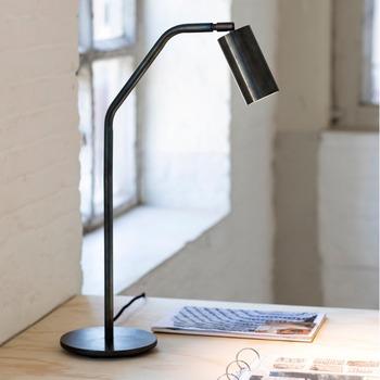 Koen-Van-Guijze-Serax-SOFISTICATO-B7219383-Work-Lamp-Bohero-1a.jpg