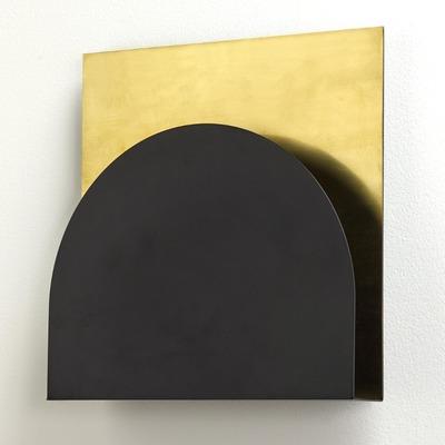 Koen-Van-Guijze-Serax-WALL-LAMP-B7219309-BLACK-BRASS-WANDVERLICHTIN.jpg