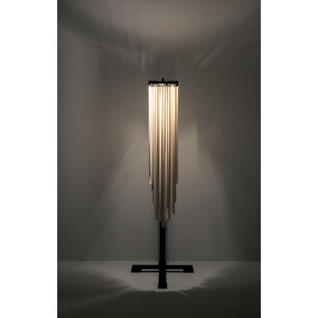 Ann-Demeulemeester-LOU-Table-Lamp-B7219830-SERAX-Bohero-1b.png