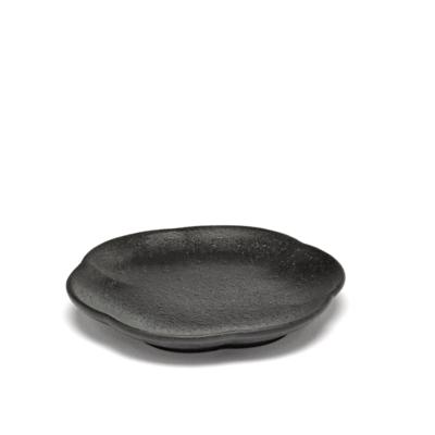 INKU-Sergio-Herman-Ribbed-Plate-S-SERAX-B5120237B-Black.png