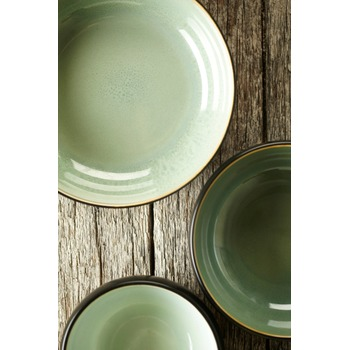 Pascale_Naessens_serving_dish_acqua_green_black_B1013053_Bohero_b.jpg