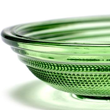 Paola_Navone_B0816752_Fish_dish_green_26x14_Serax.jpg